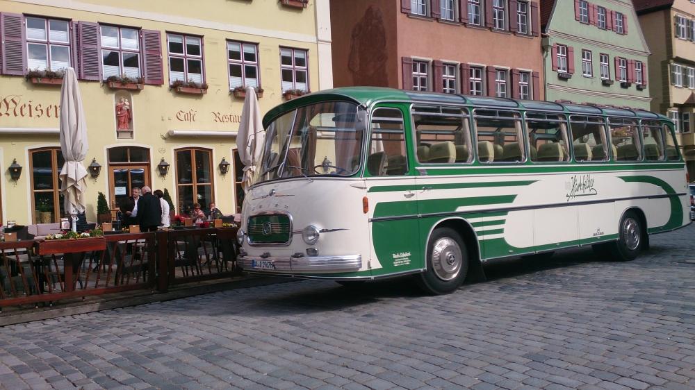 Über 25 Jahre war DER HÄRTSFELDER nicht mehr im Einsatz. Erste Ausfahrt 2015 nach Dinkelsbühl, hier vor dem Café Meiser