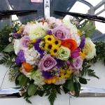 Blumenschmuck-zur-Familienausfahrt-im-April