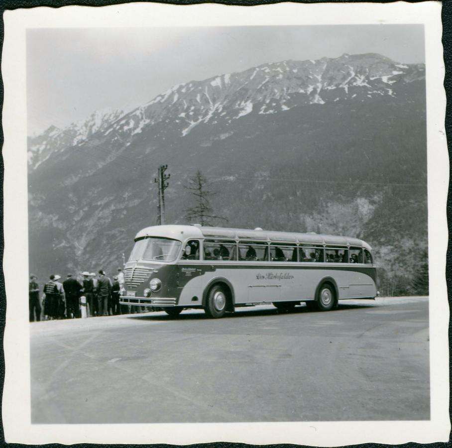 1957: Büssing mit Vetter-Aufbau in den Schweizer Alpen