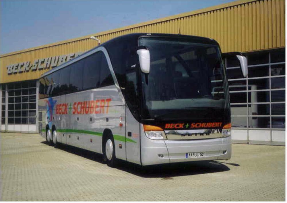 2003: Der TopClass-Bus von SETRA ab Baureihe 400. Das Flaggschiff ein SETRA S 417 HDH